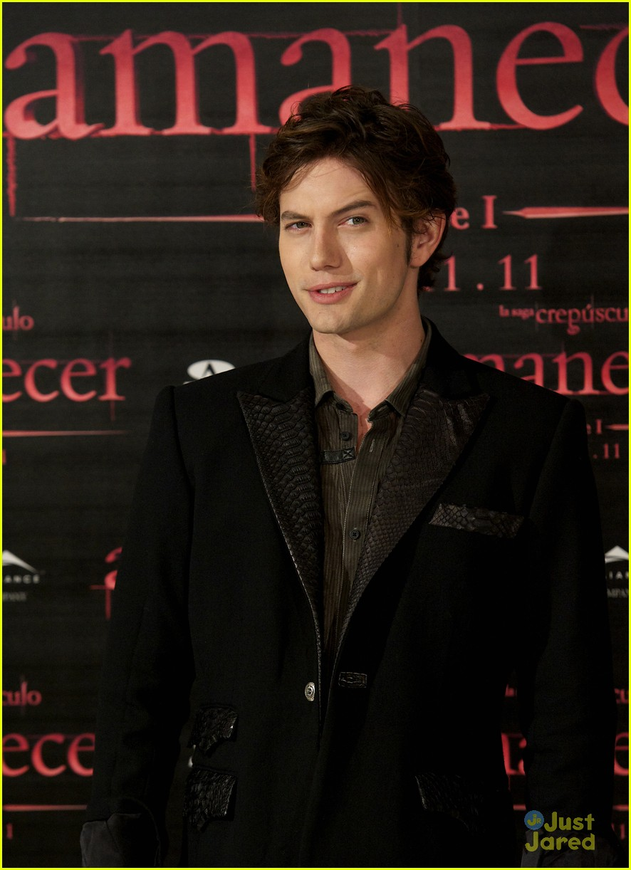 nikki reed jackson rathbone madrid 03