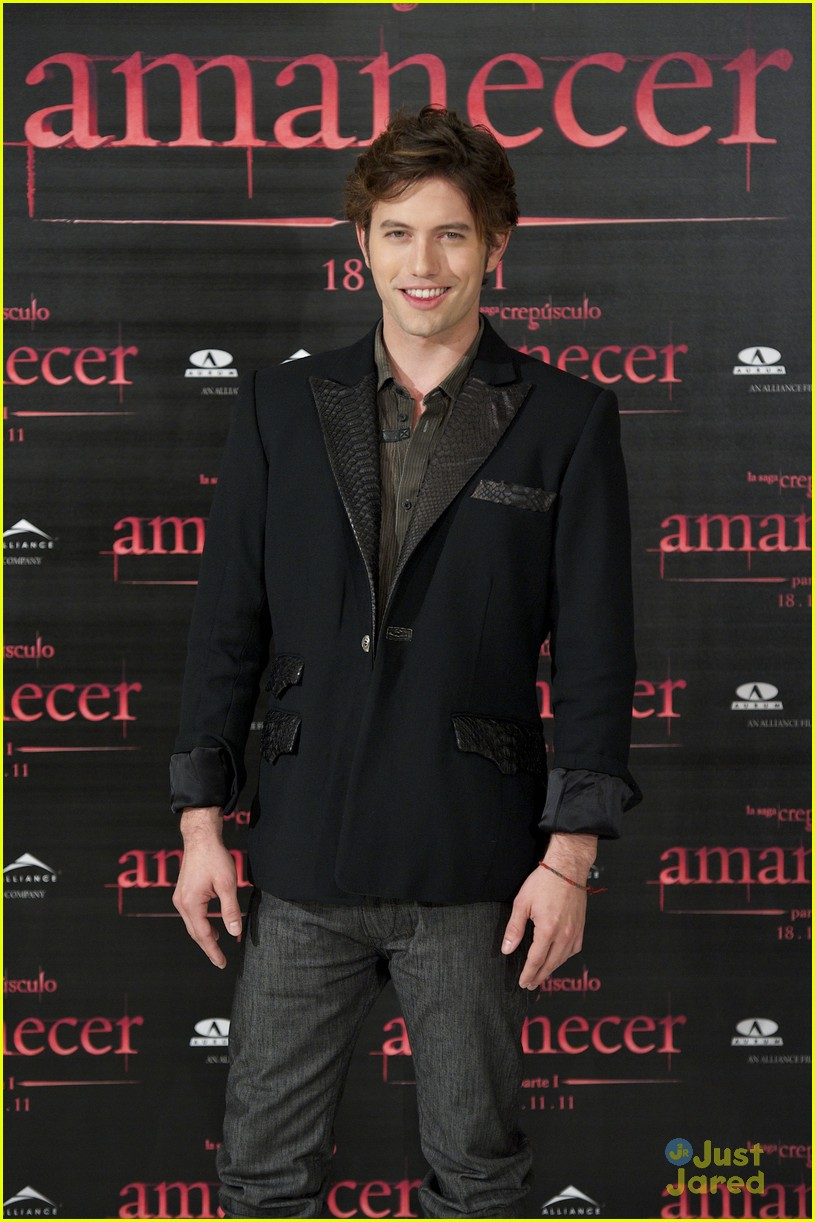 nikki reed jackson rathbone madrid 12