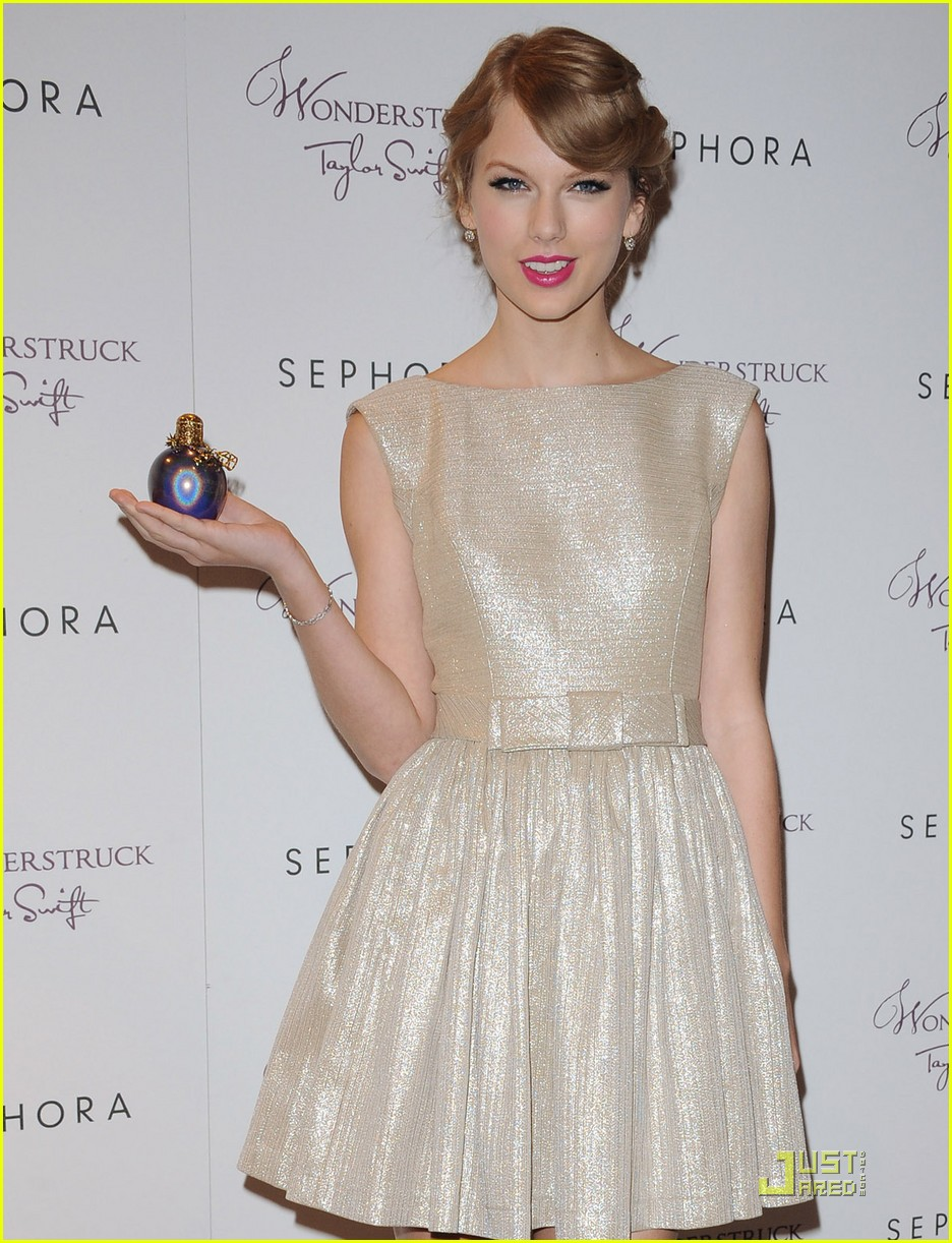 taylor swift wonderstrucklaunch 18