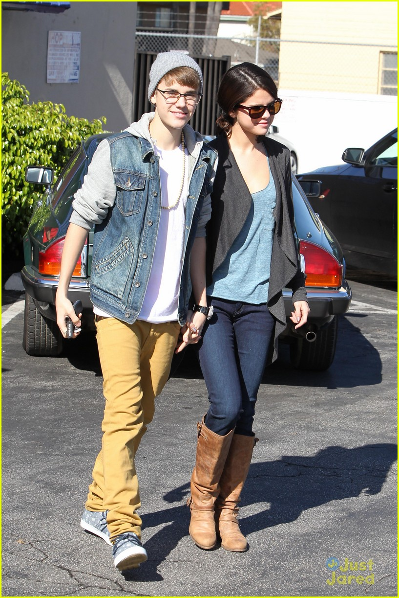 justin bieber selena breakfast 16