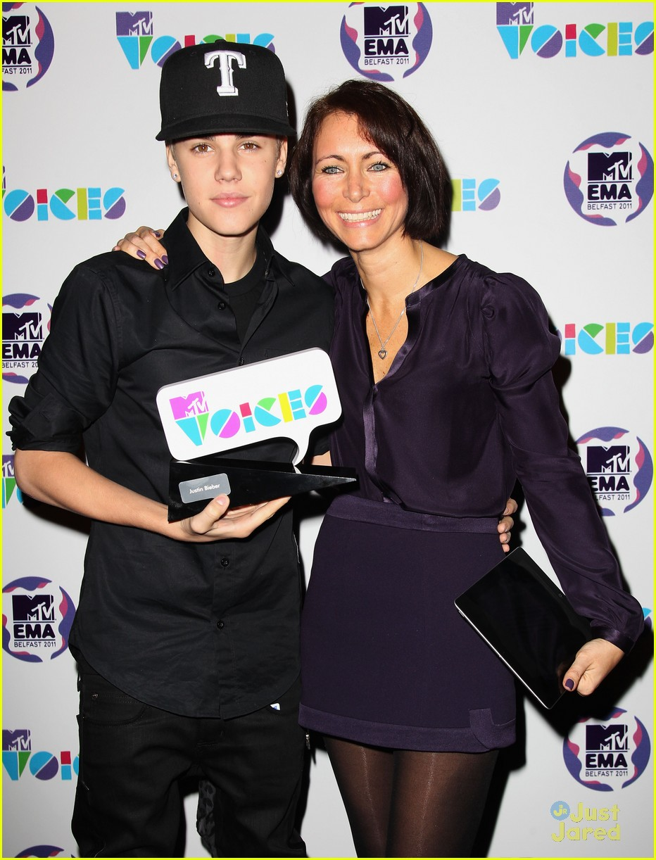 justin bieber mtv voices 01