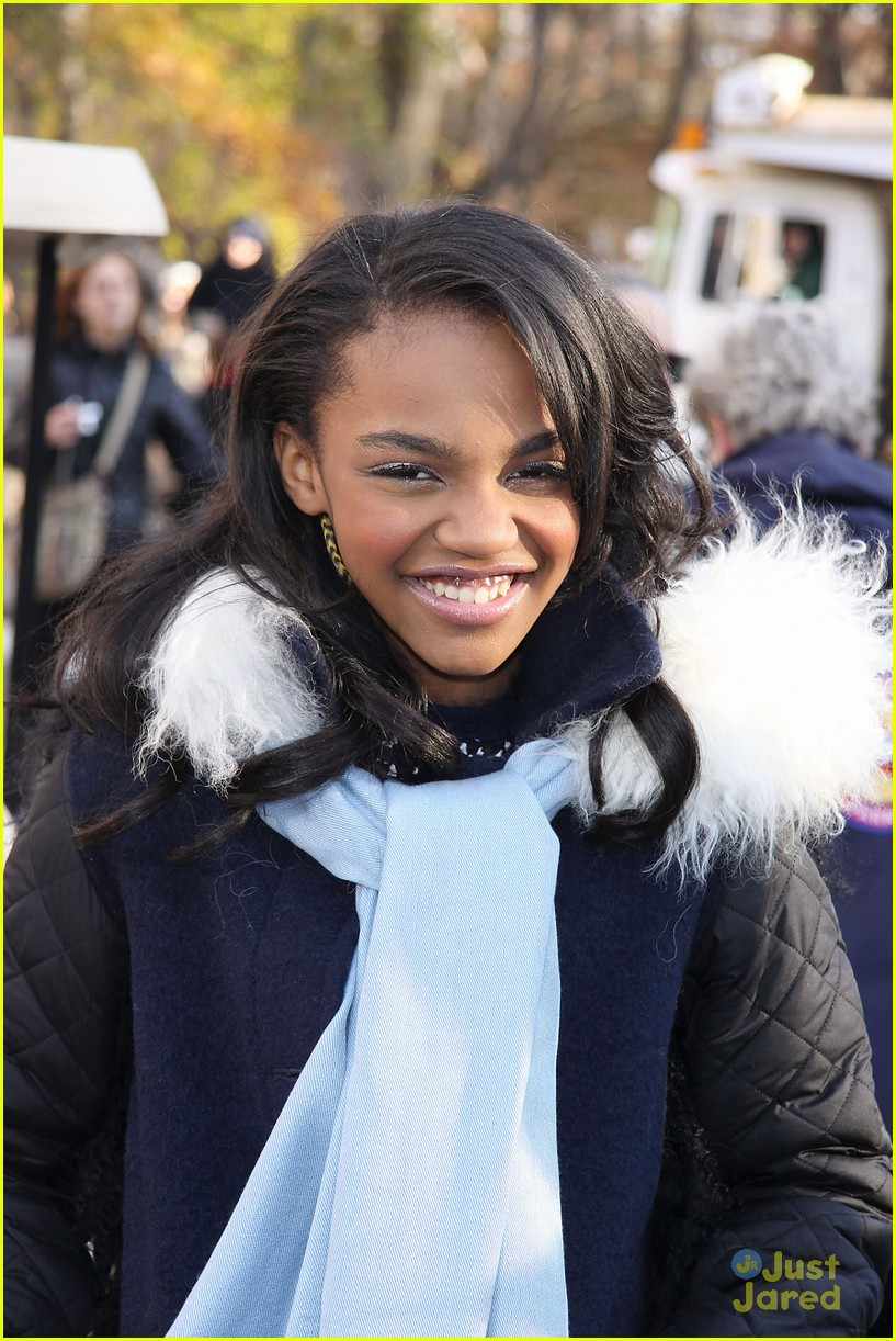 china mcclain macys thanksgiving parade 04