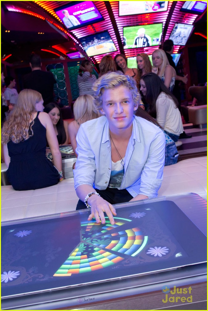cody simpson atlantis 12