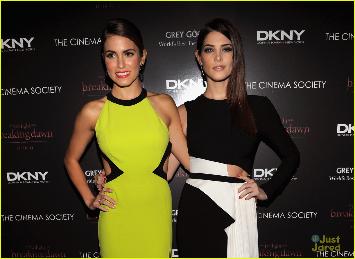 ashley greene nikki reed bd nyc 03
