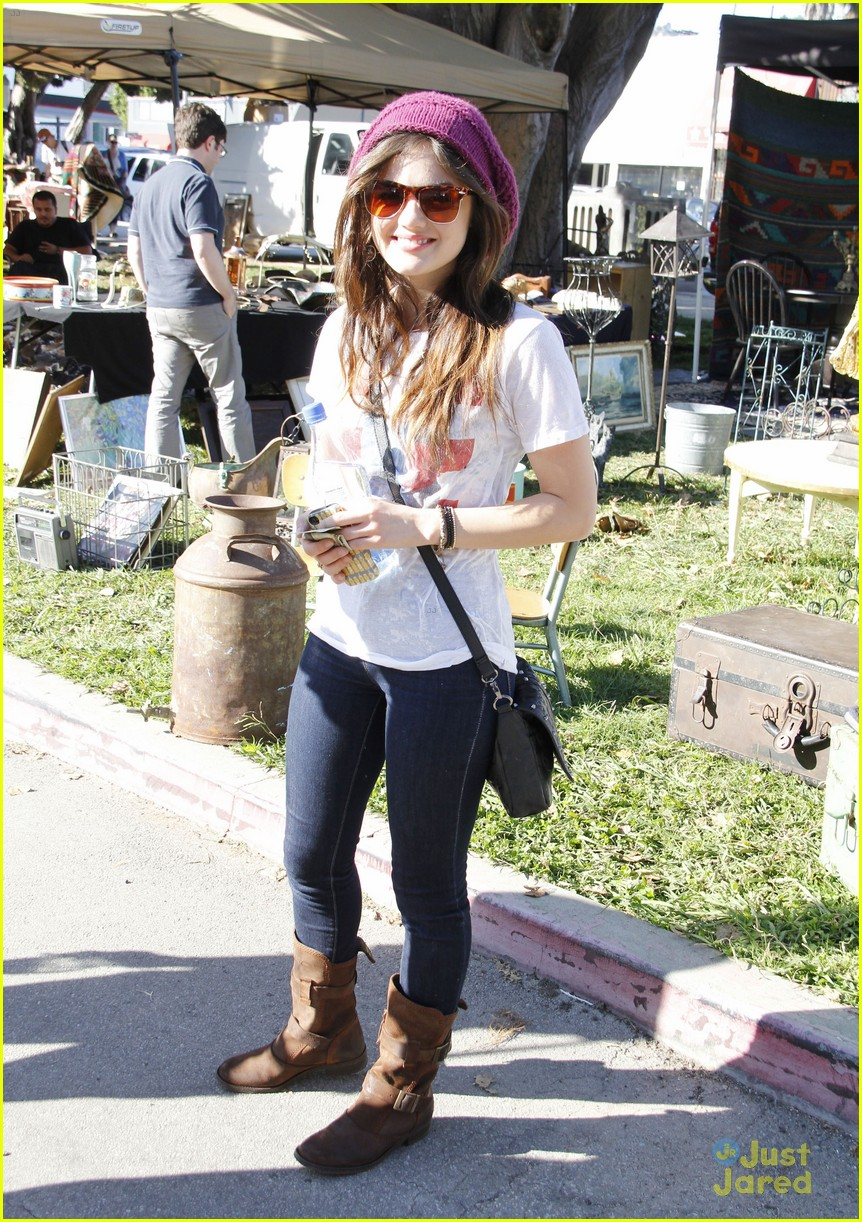 lucy hale pll third season 01