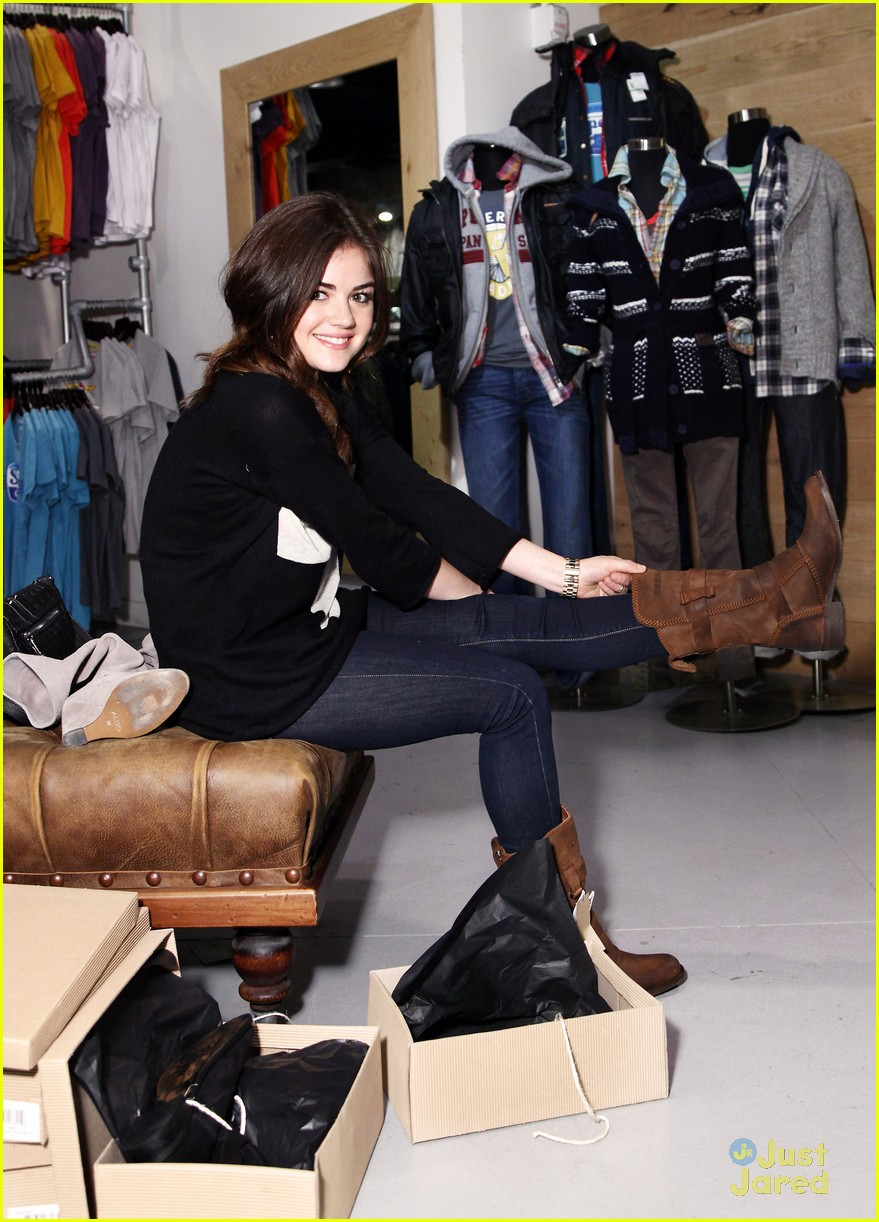 lucy hale superdry shopper 17