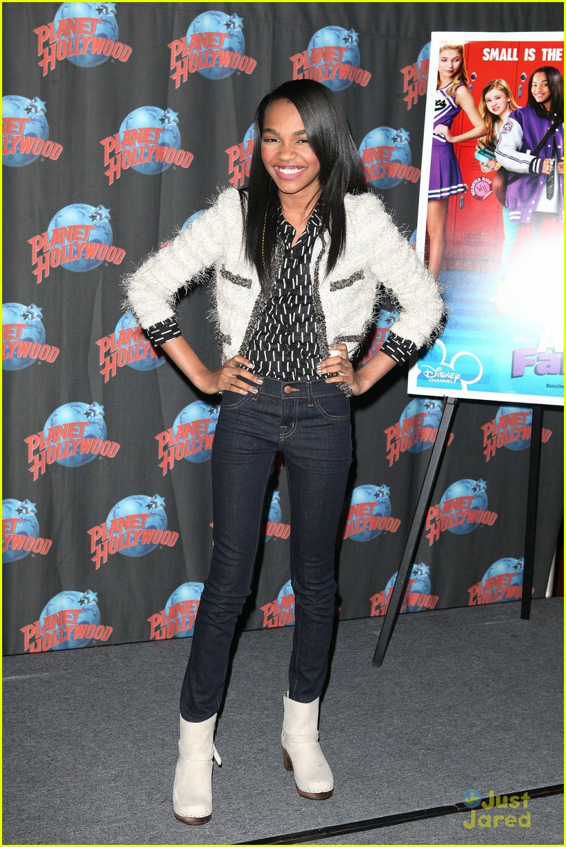 china anne mcclain planet hollywood  15