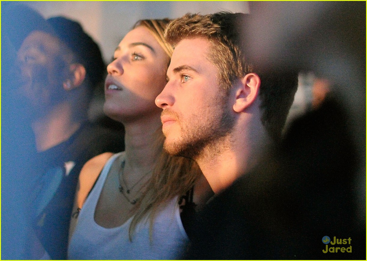 miley cyrus liam hemsworth google music 01