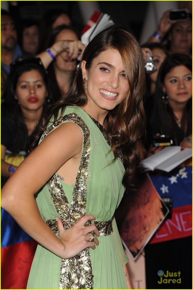 nikki reed bd premiere 04
