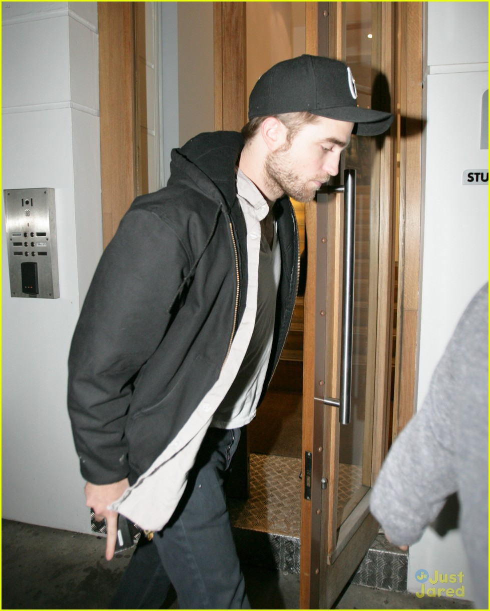 rob pattinson leaving office 05
