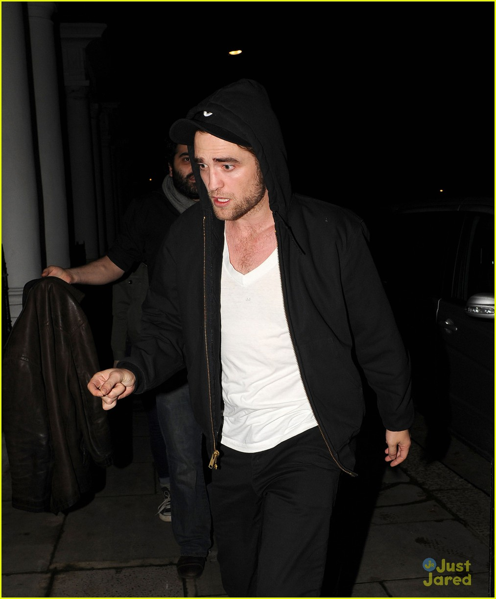 robert pattinson kristen stewart dingwalls 07