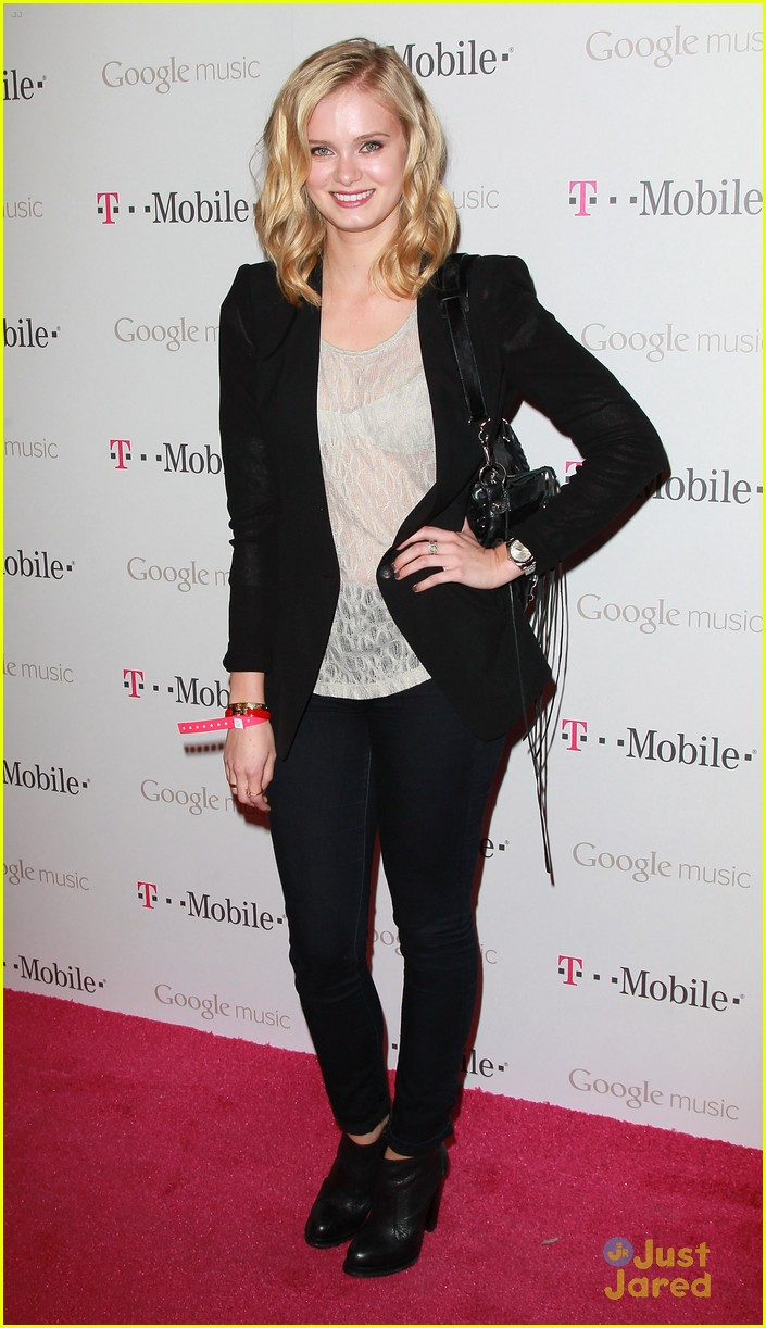 sara paxton google music launch 10