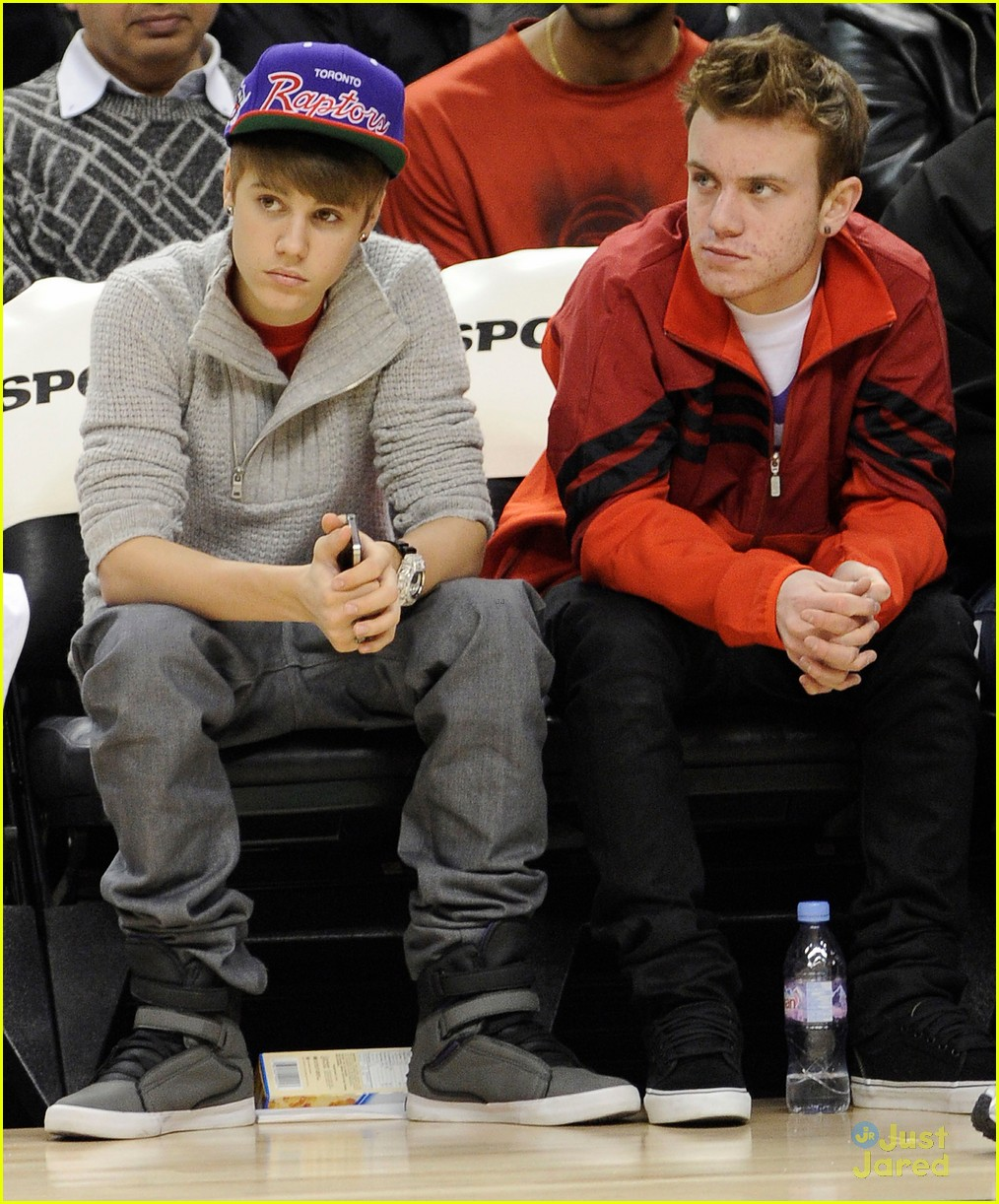 justin bieber raptors game 12