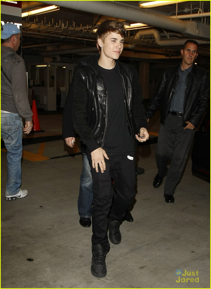 justin bieber spago staples 05