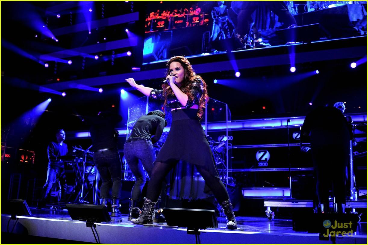 Demi Lovato Z100 Jingle Ball Performer Photo 451618