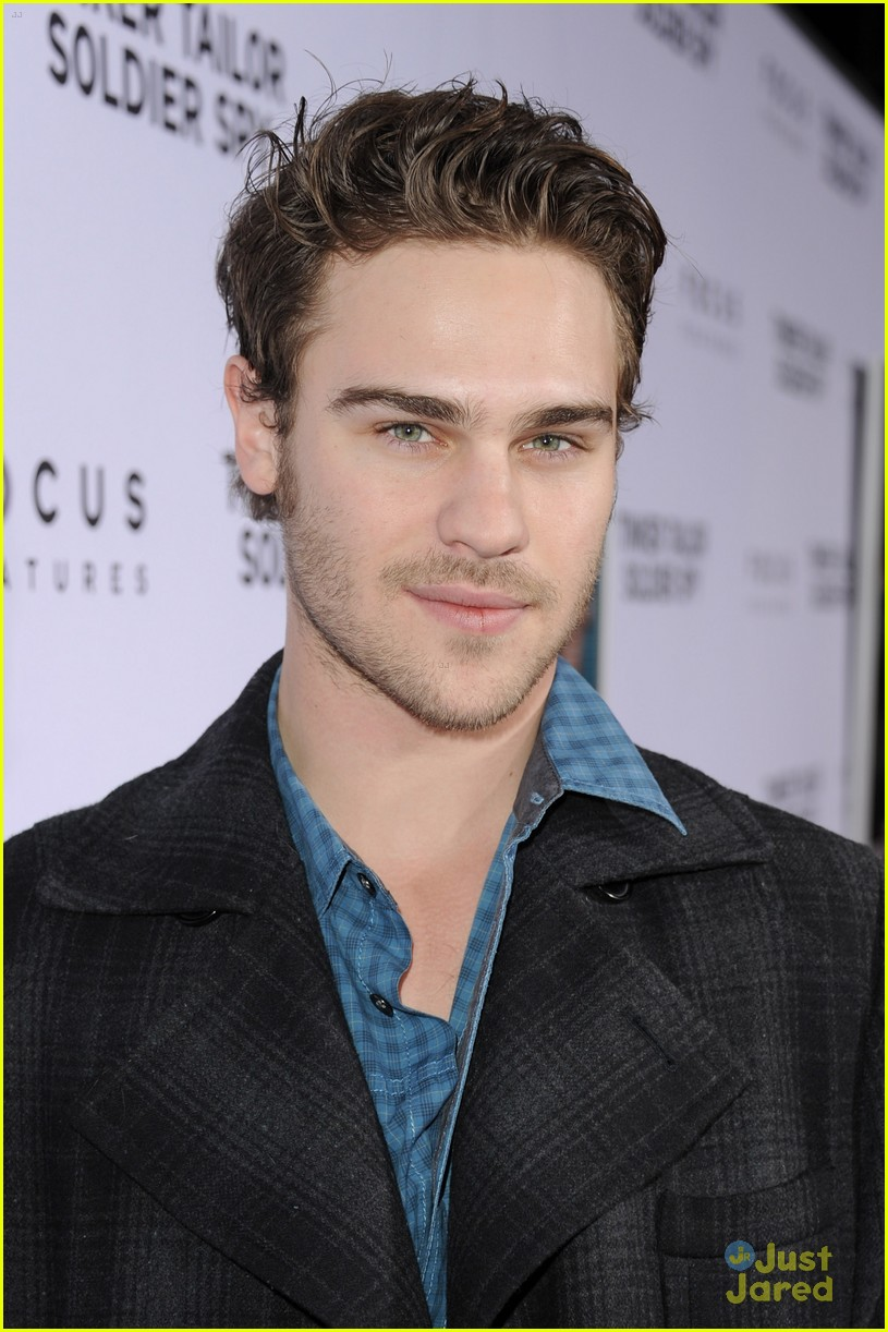 grey damon tinker tailor 06