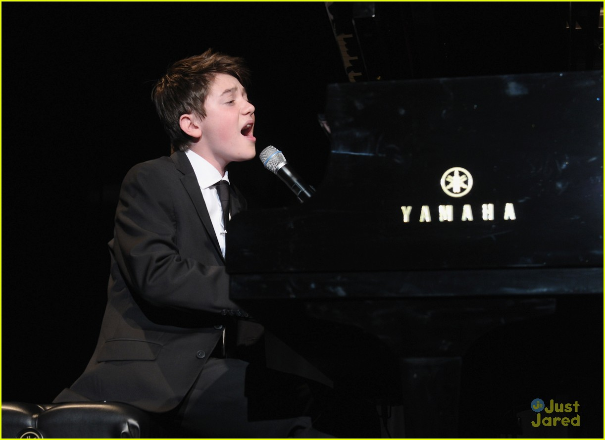 greyson chance bill rights dinner 13