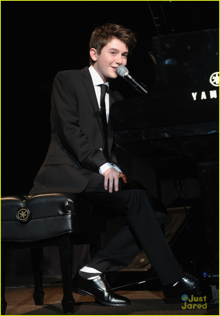 Greyson Chance: Bill of Rights Dinner | Photo 452156 ...