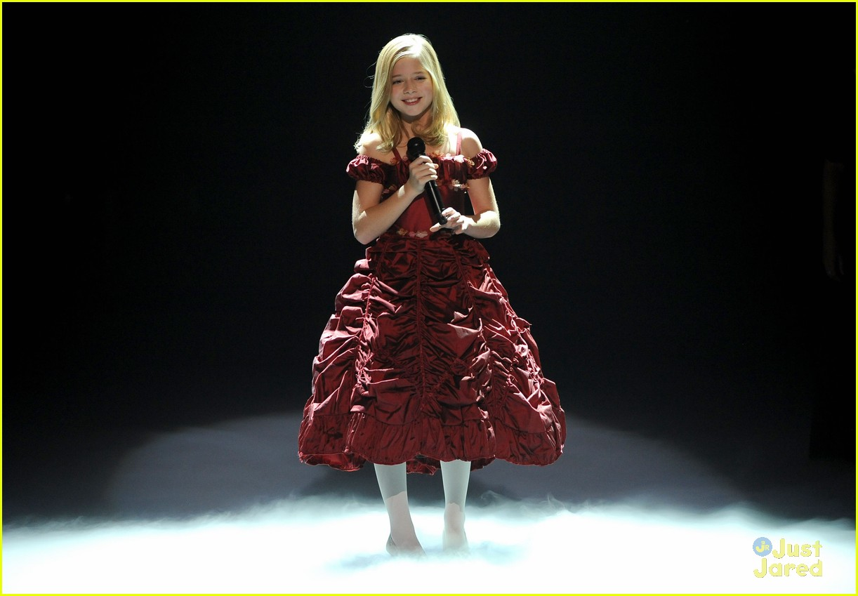 jackie evancho american giving awards 04