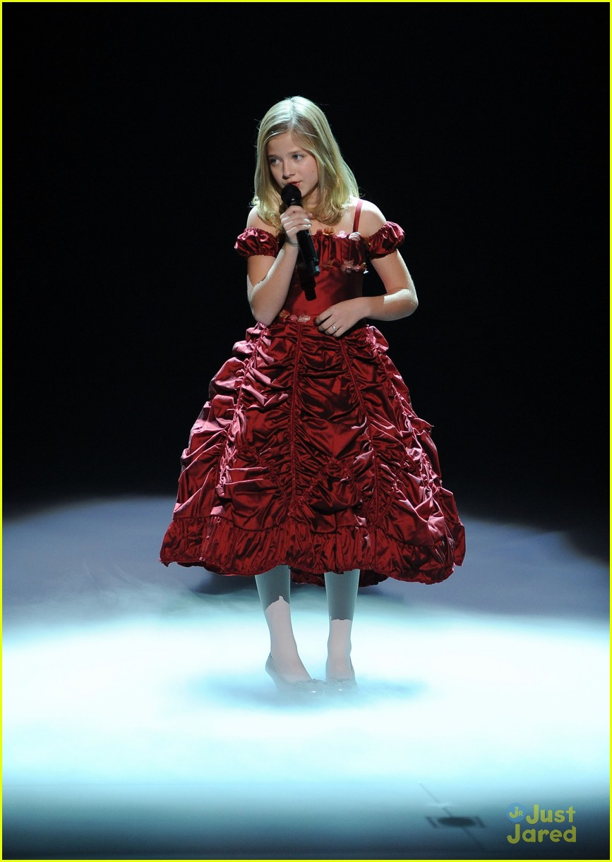 jackie evancho american giving awards 12