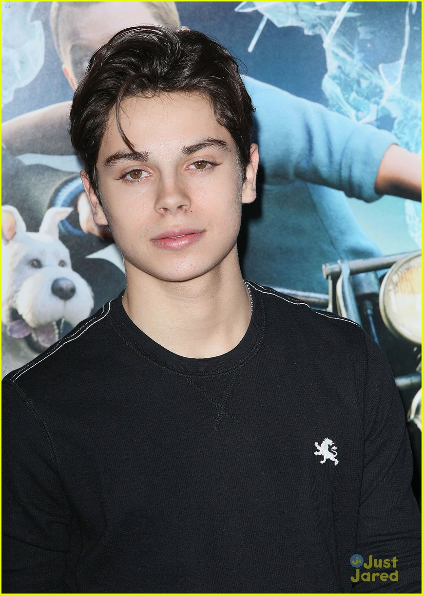 jake t austin tintin 04