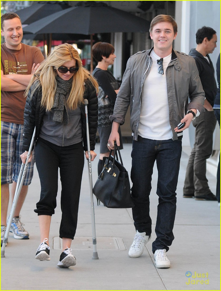 jesse mccartney pota villa lunch 10