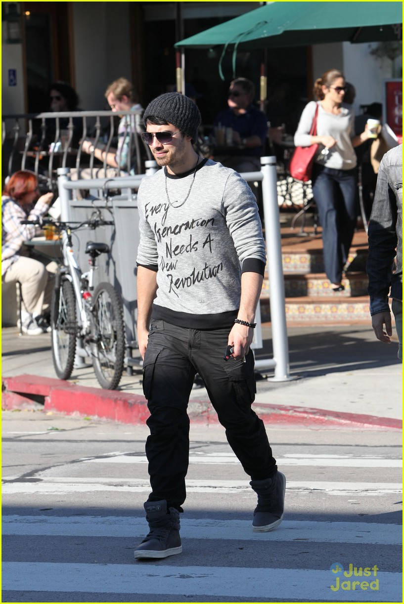 joe jonas new revolution 07
