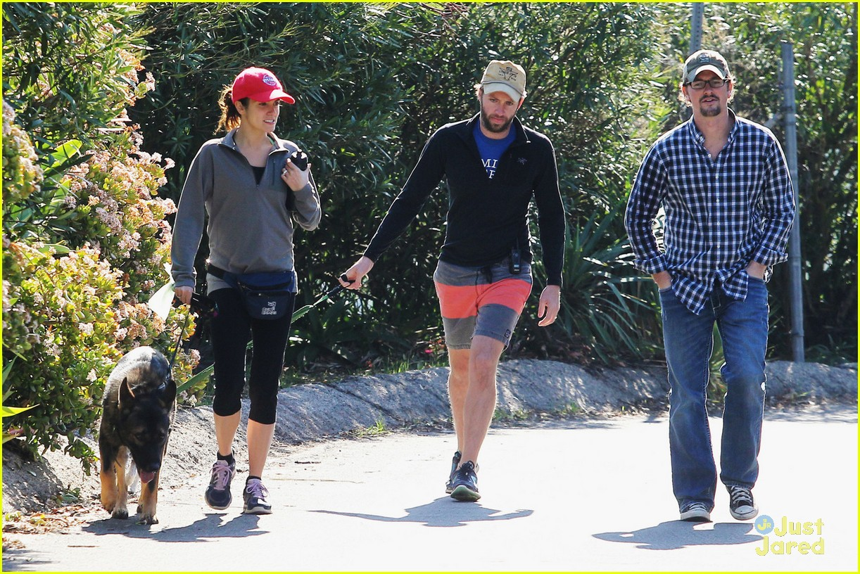 nikki reed hike paul mcdonald 03