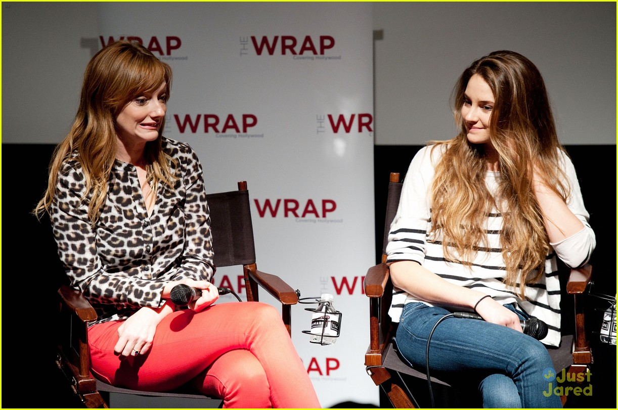 shailene woodley globe nomination 12