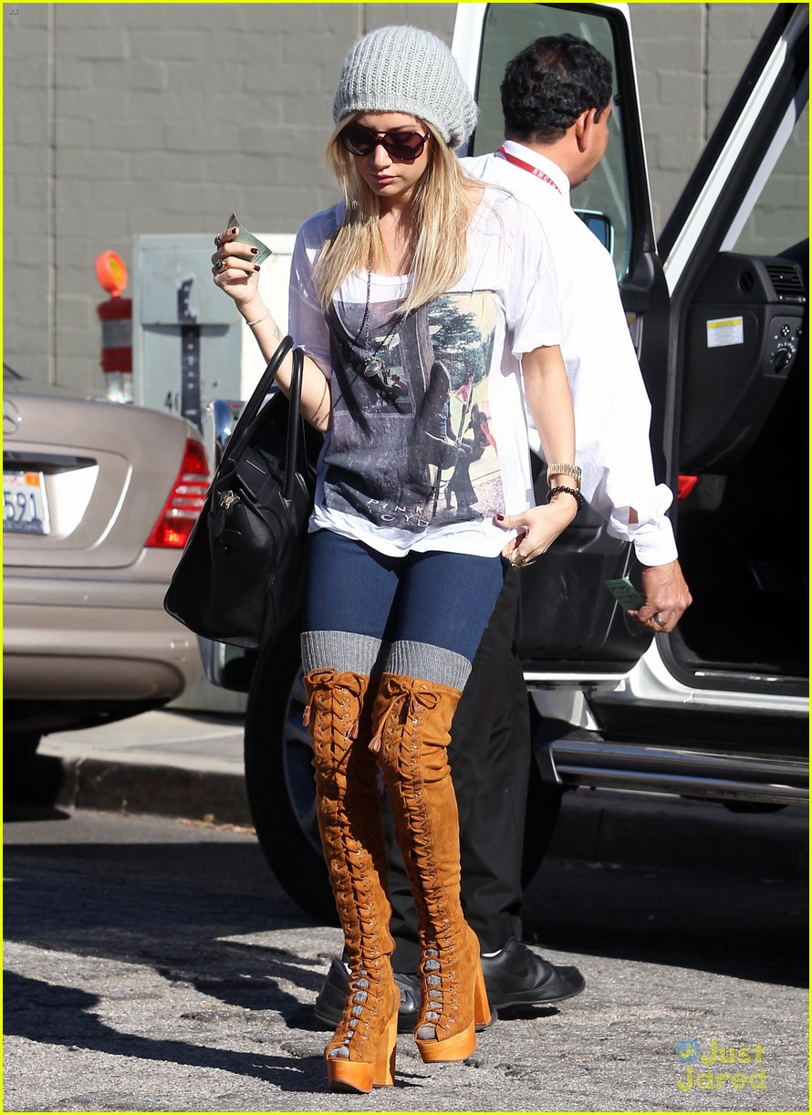 ashley tisdale lace boots shopping 17