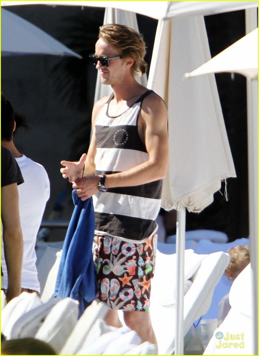 tom felton shirt miami 02