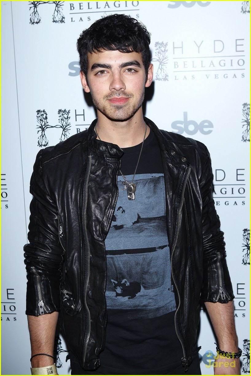 lauren conrad joe jonas bellagio 01