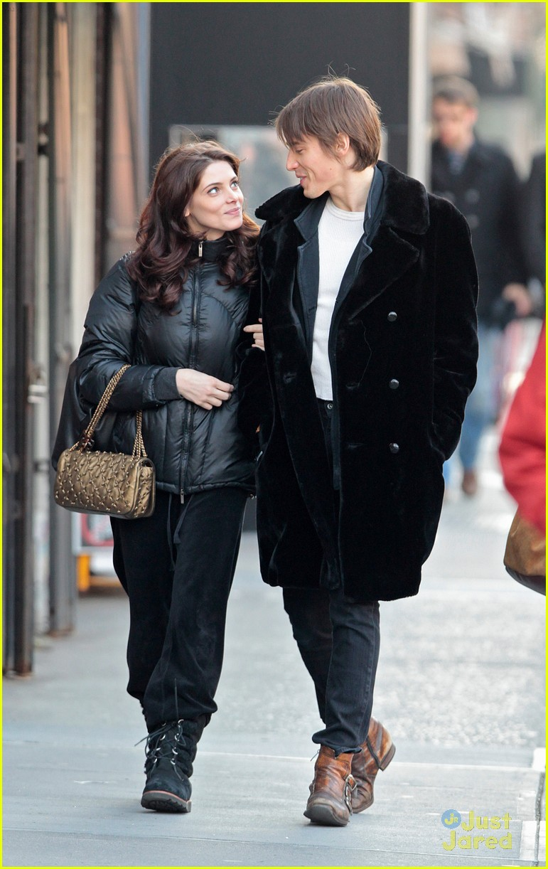 ashley greene reeve carney nyc 02