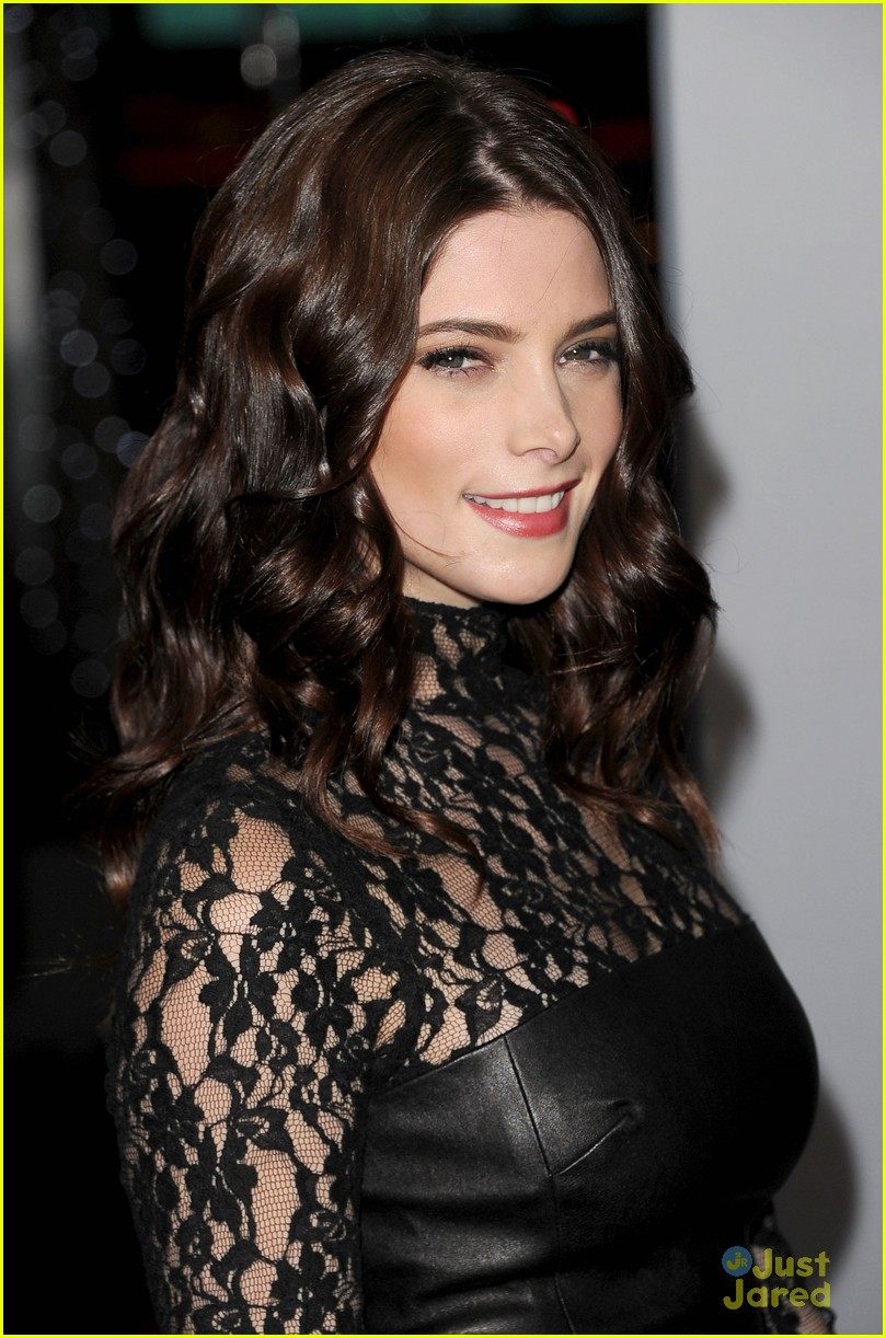 ashley greene 2012 pcas 06