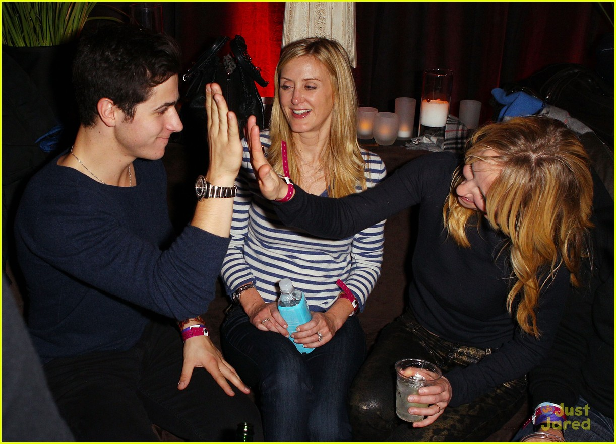 david henrie sundance boarding 06