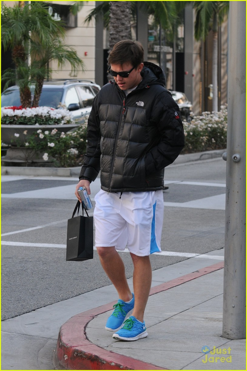 jesse mccartney errands bh 02