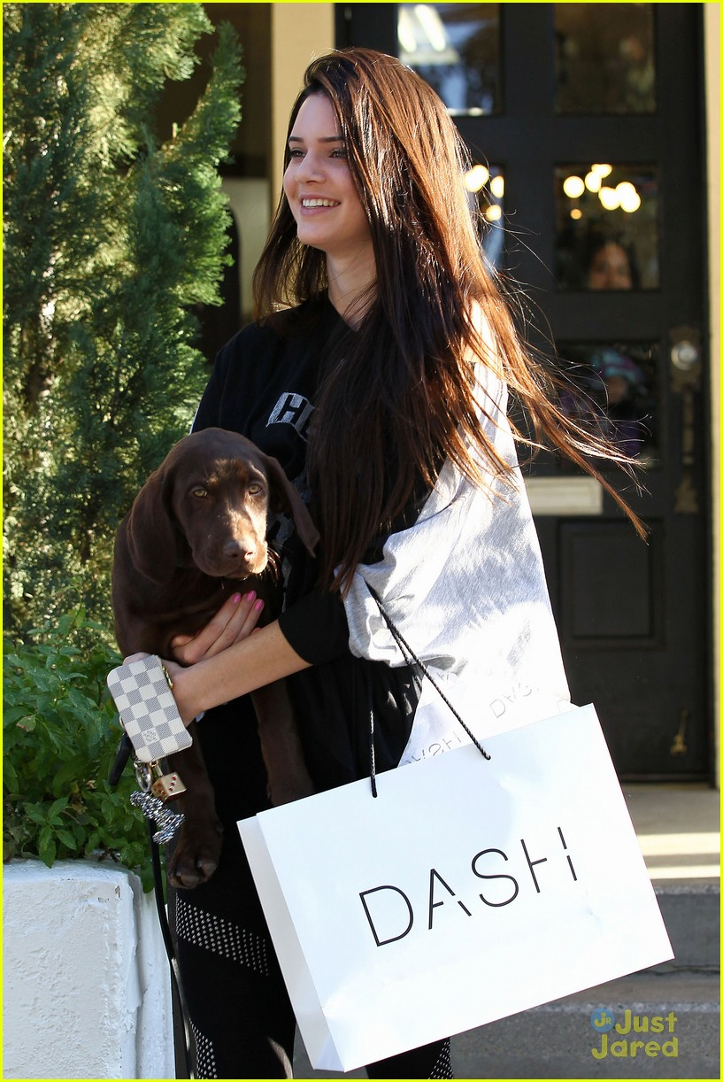 kendall jenner dog dash 04