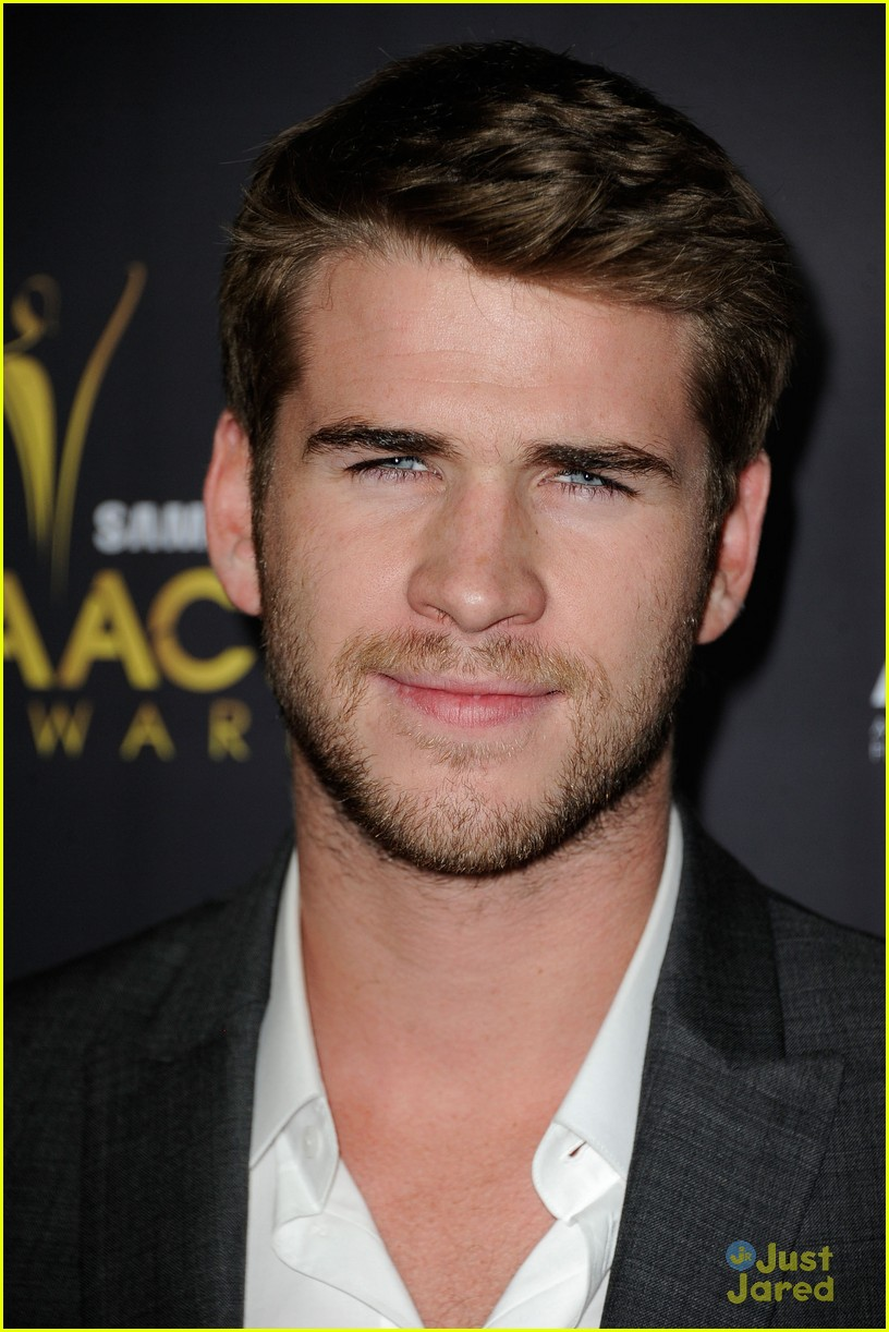 liam hemsworth aussie awards timeless 03