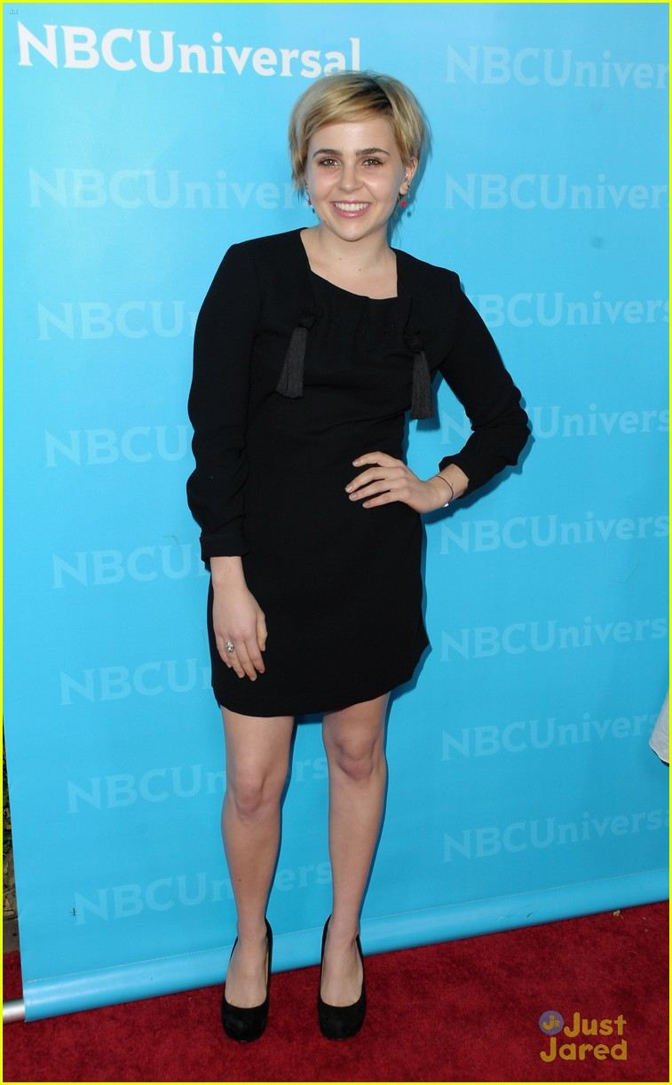 mae whitman nbc tca party 02