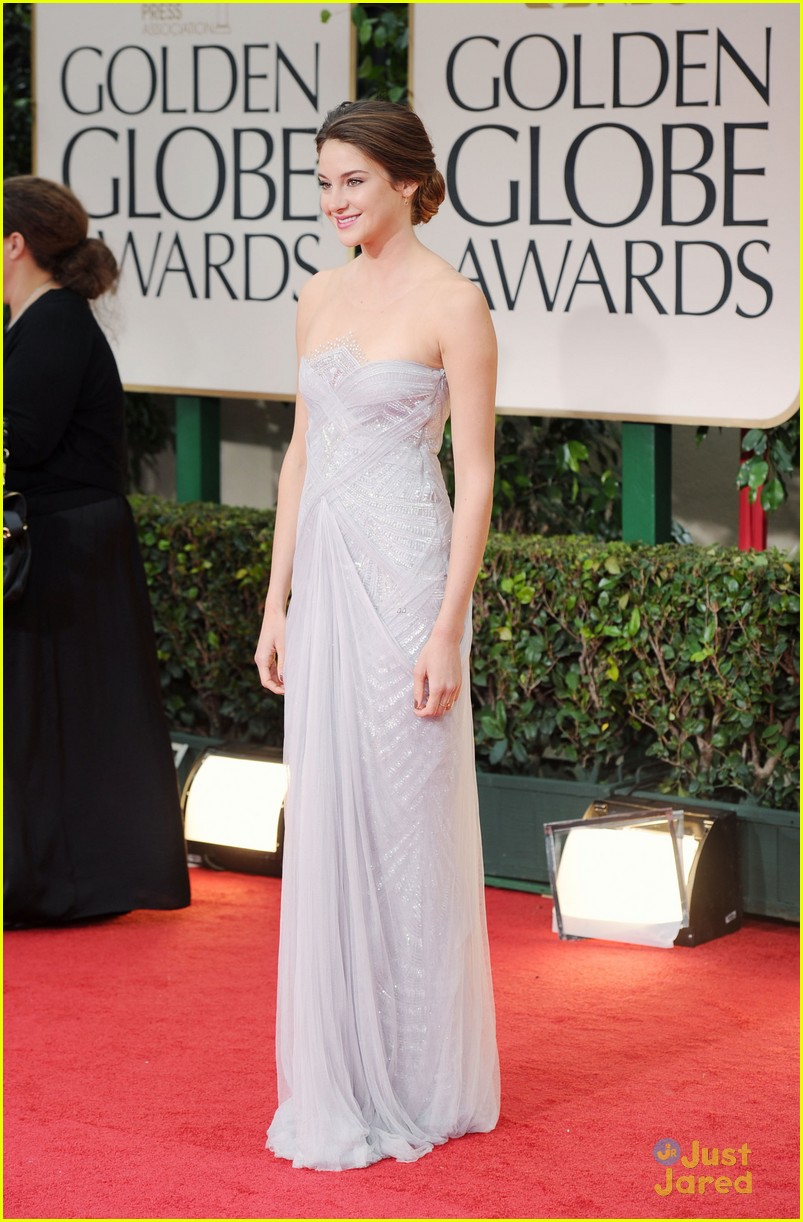 shailene woodley golden globes 02