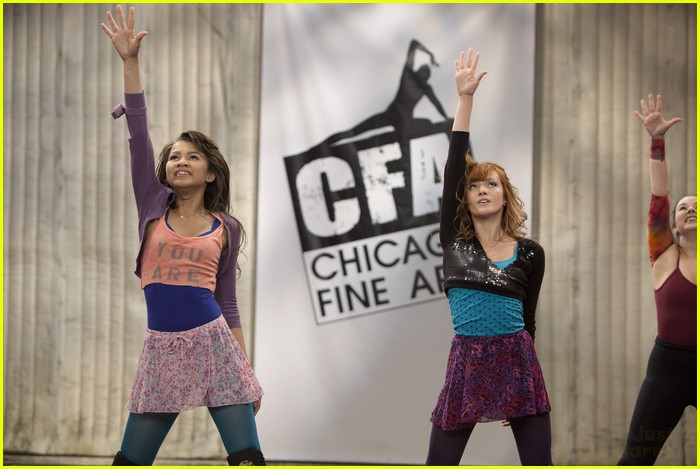 zendaya bella apply it up 03