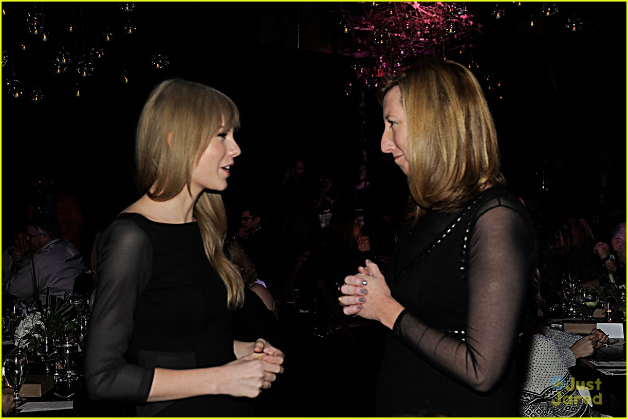 taylor swift sundance dinner 10
