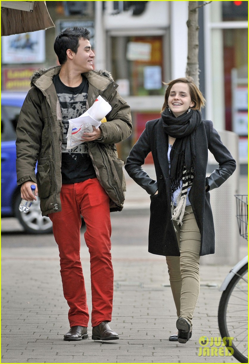 emma watson new boyfriend out 04