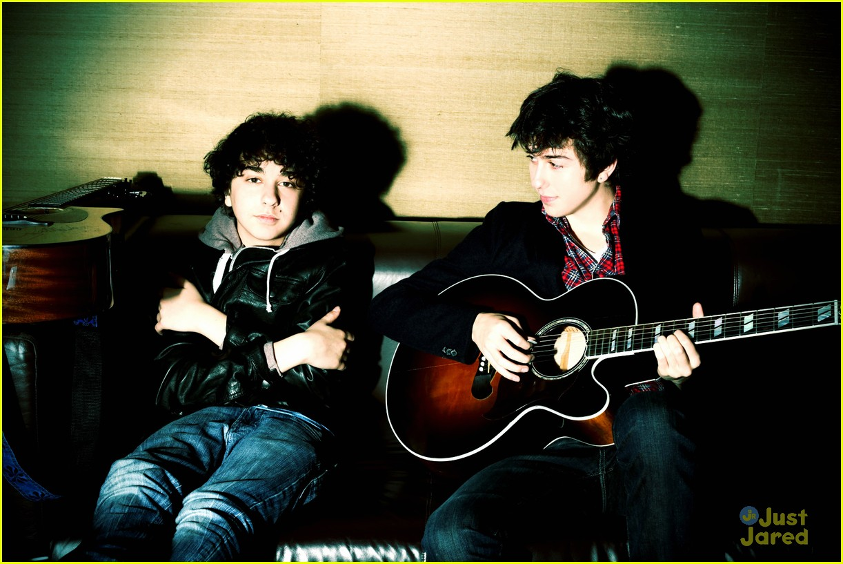 nat alex wolff portrait session 04