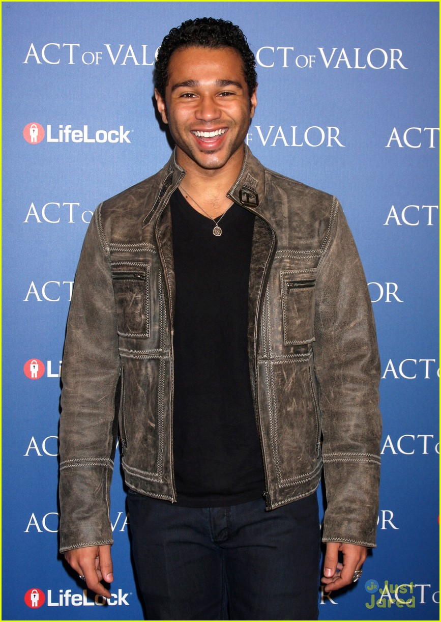 corbin bleu act valor 09