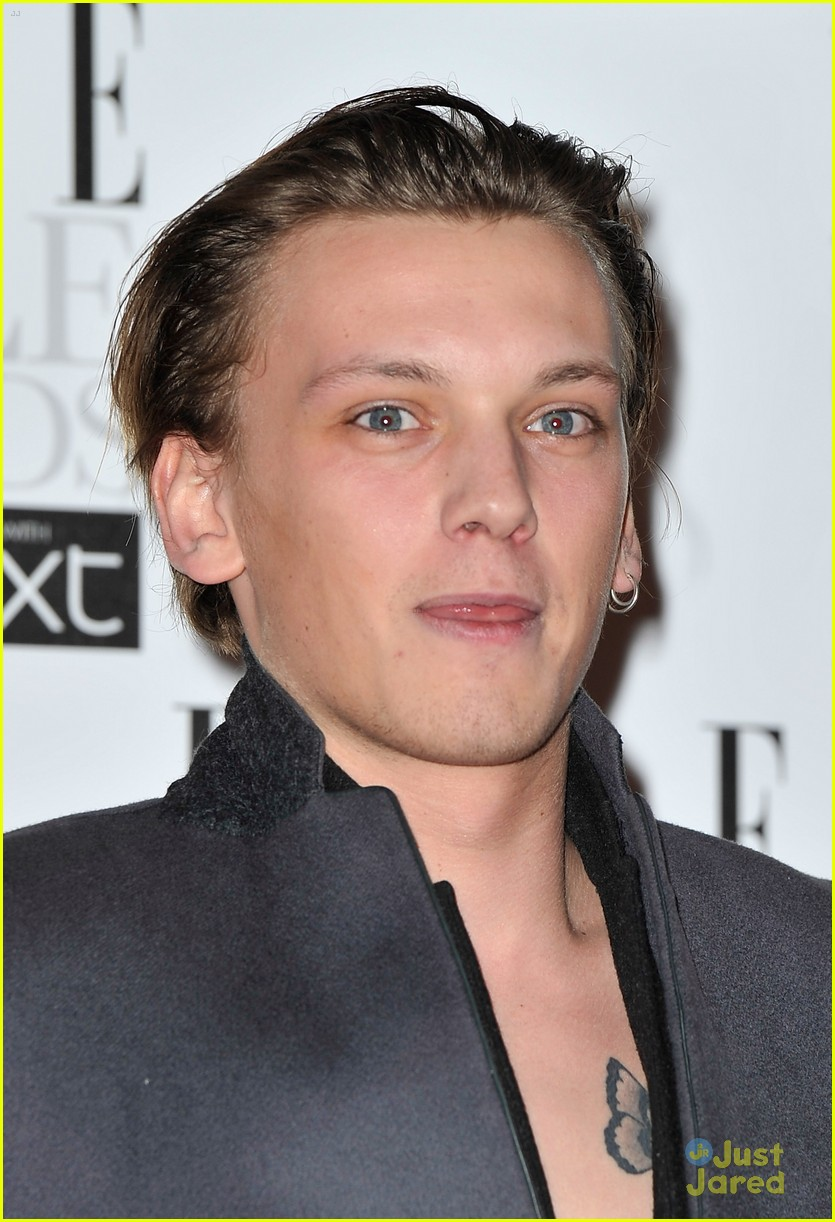 jamie campbell bower elle style awards 03