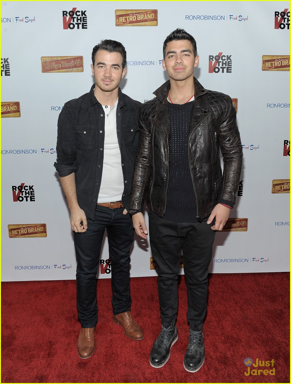 joe kevin jonas rock vote 04