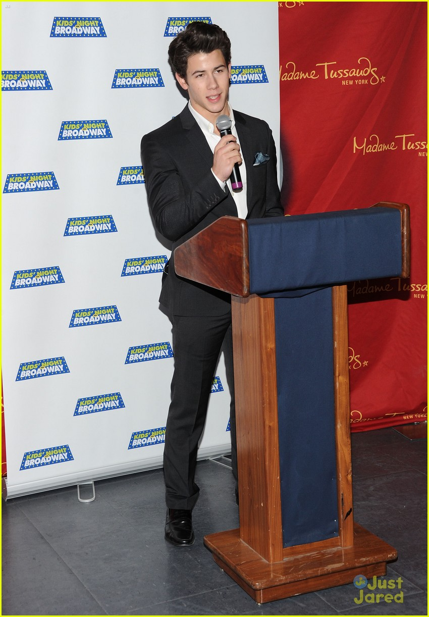 nick jonas kids broadway 07
