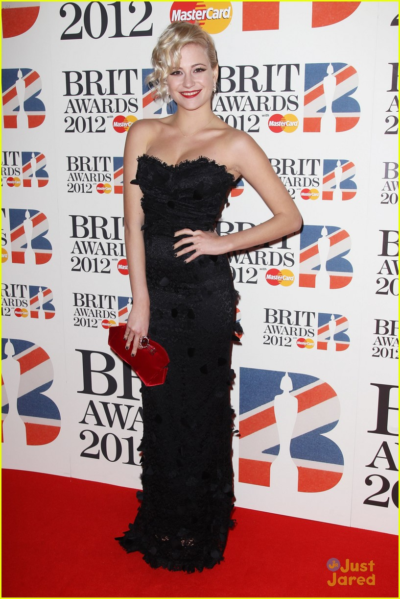 pixie lott brit awards 14