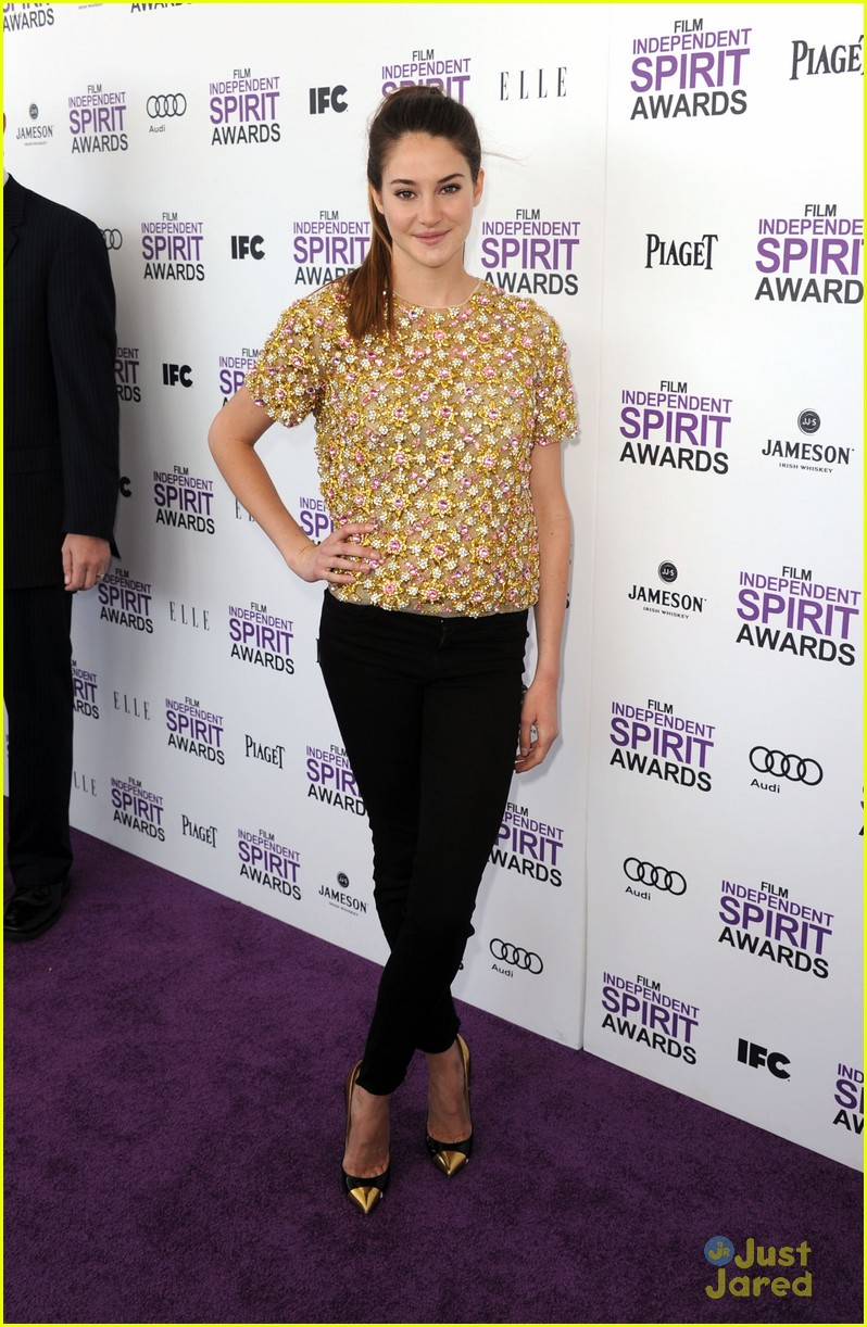shailene woodley spirit awards 30